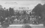 1908 : Les élèves dans le grand jardin